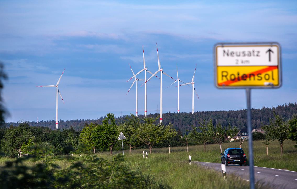 Windpark Straubenhardt - Blick von Rotensol Richtung Neusatz
